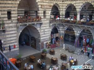 Deliller Hani 300x225 Diyarbakırın Neyi Meşhur