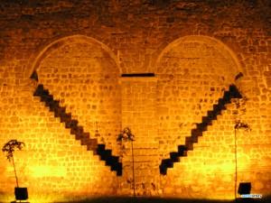 Diyarbakir Surlari 300x225 Diyarbakırın Neyi Meşhur