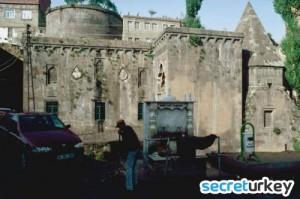 Şerefiye Camii