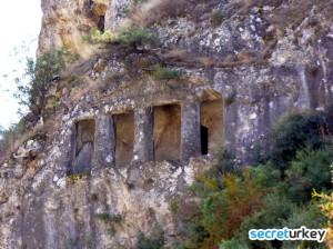 Sinop Kaya Mezarları