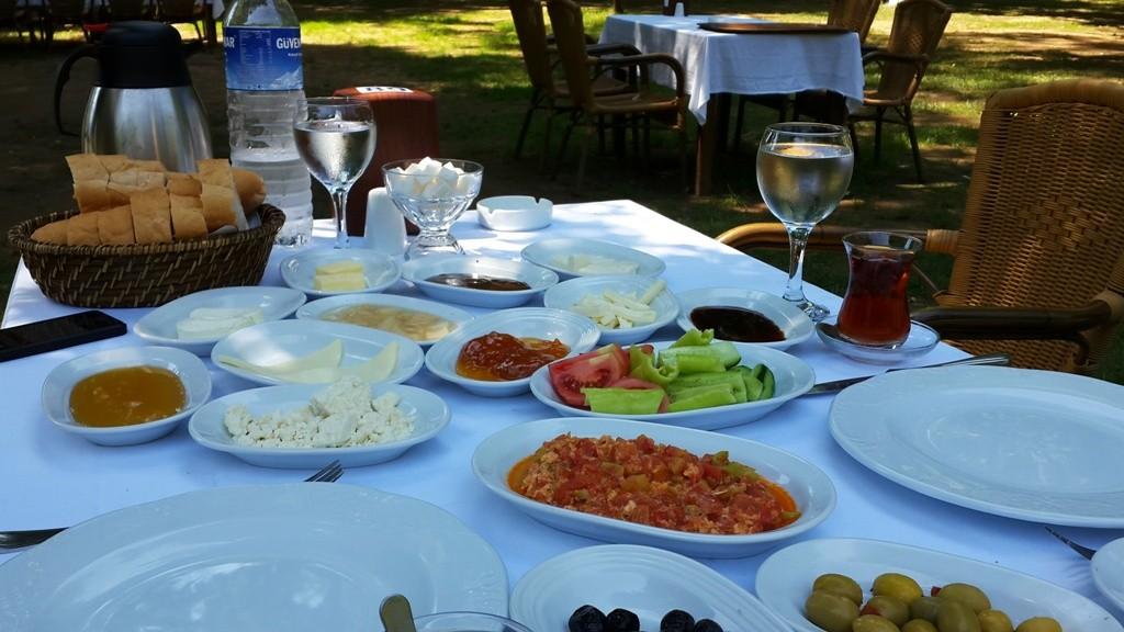 istanbul-en-iyi-kahvalti-mekanlari-