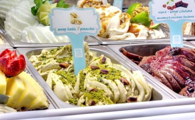 pioppo-gelato-dondurma-